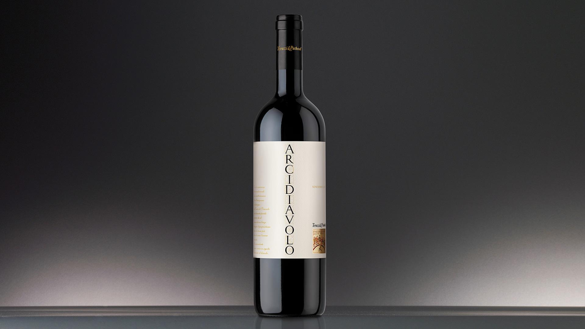 Camapri Wines Arcidiavolo packaging