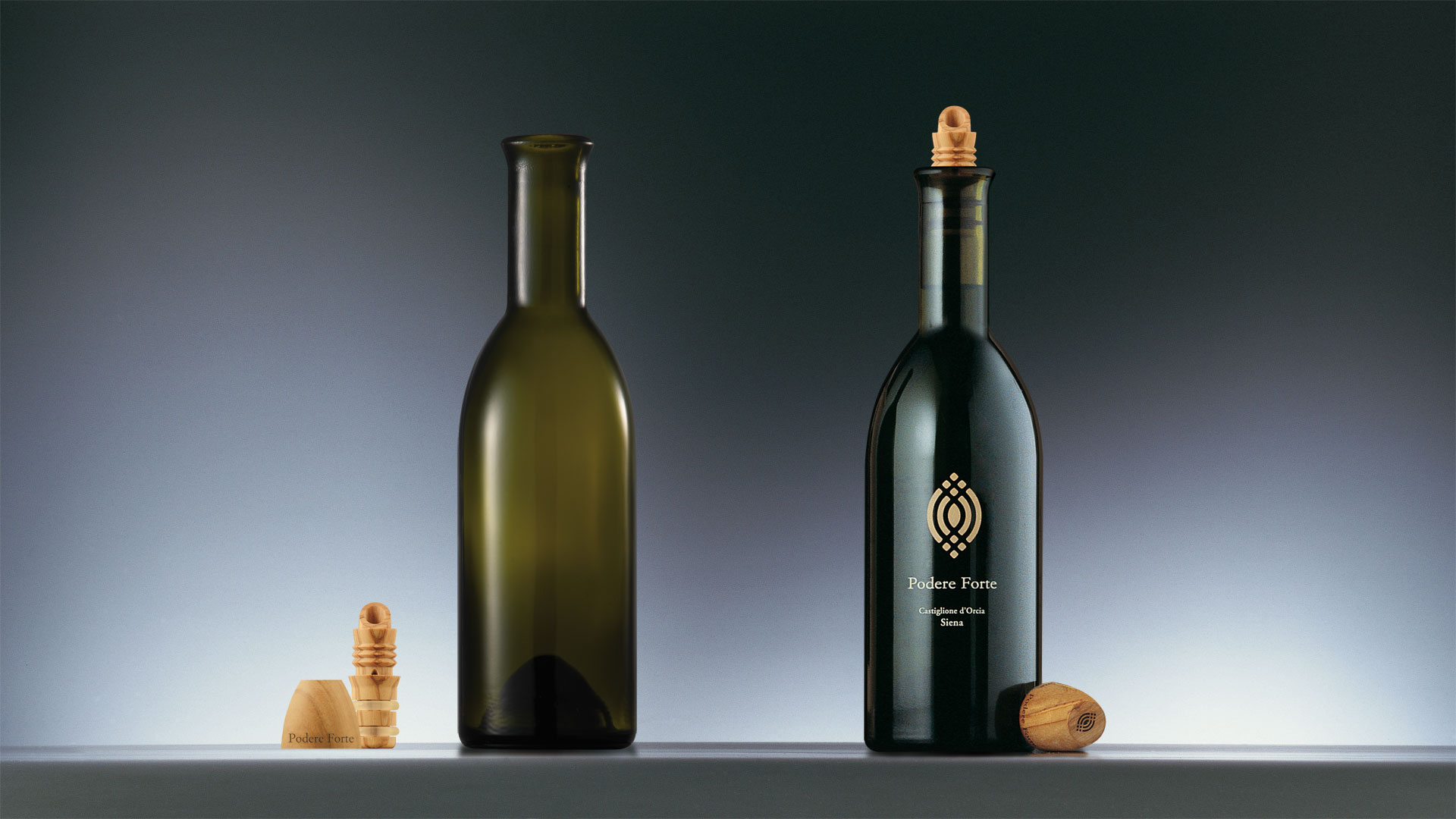 Podere Forte Olio bottle design