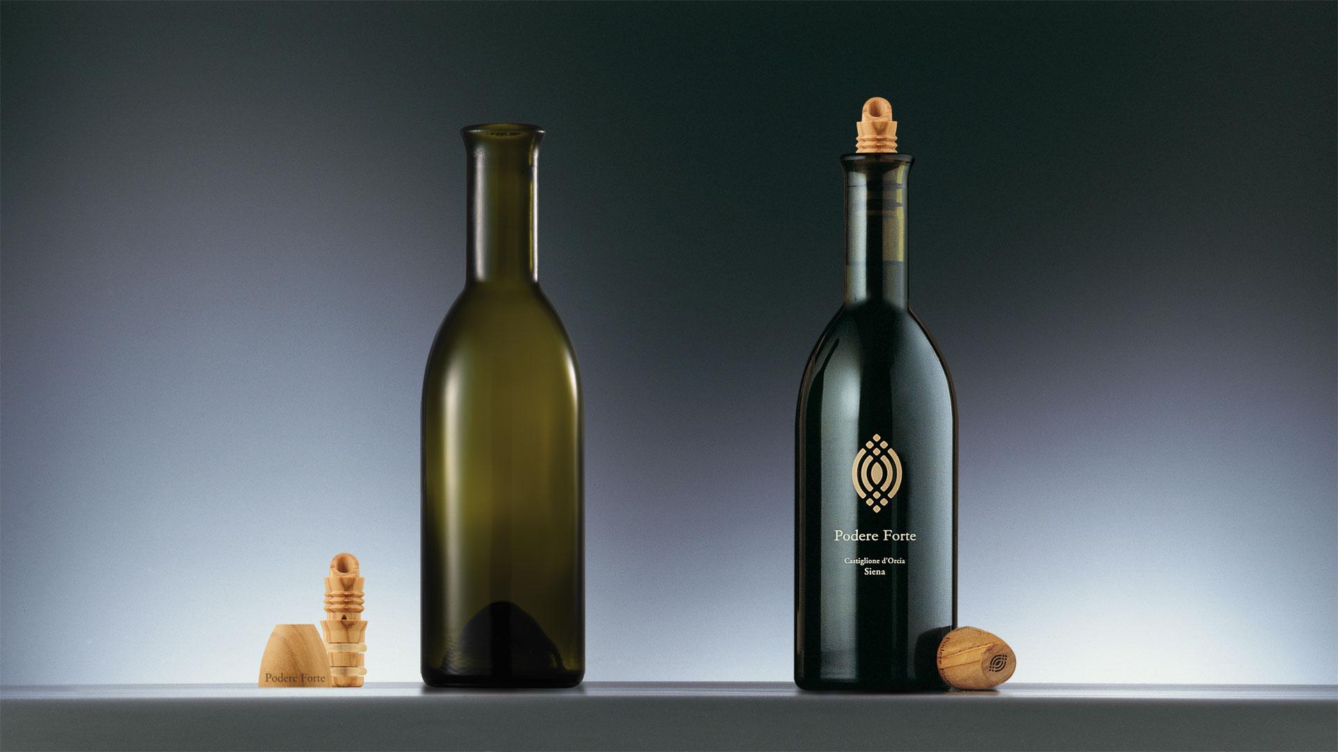 Podere Forte Olio bottle design