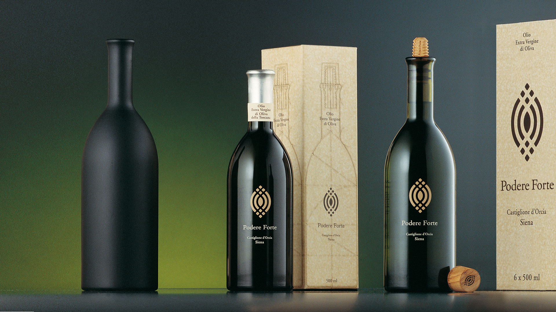Podere Forte olio packaging