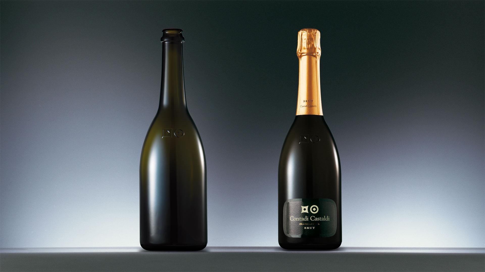 Terra Moretti Contadi Castaldi brut bottle design