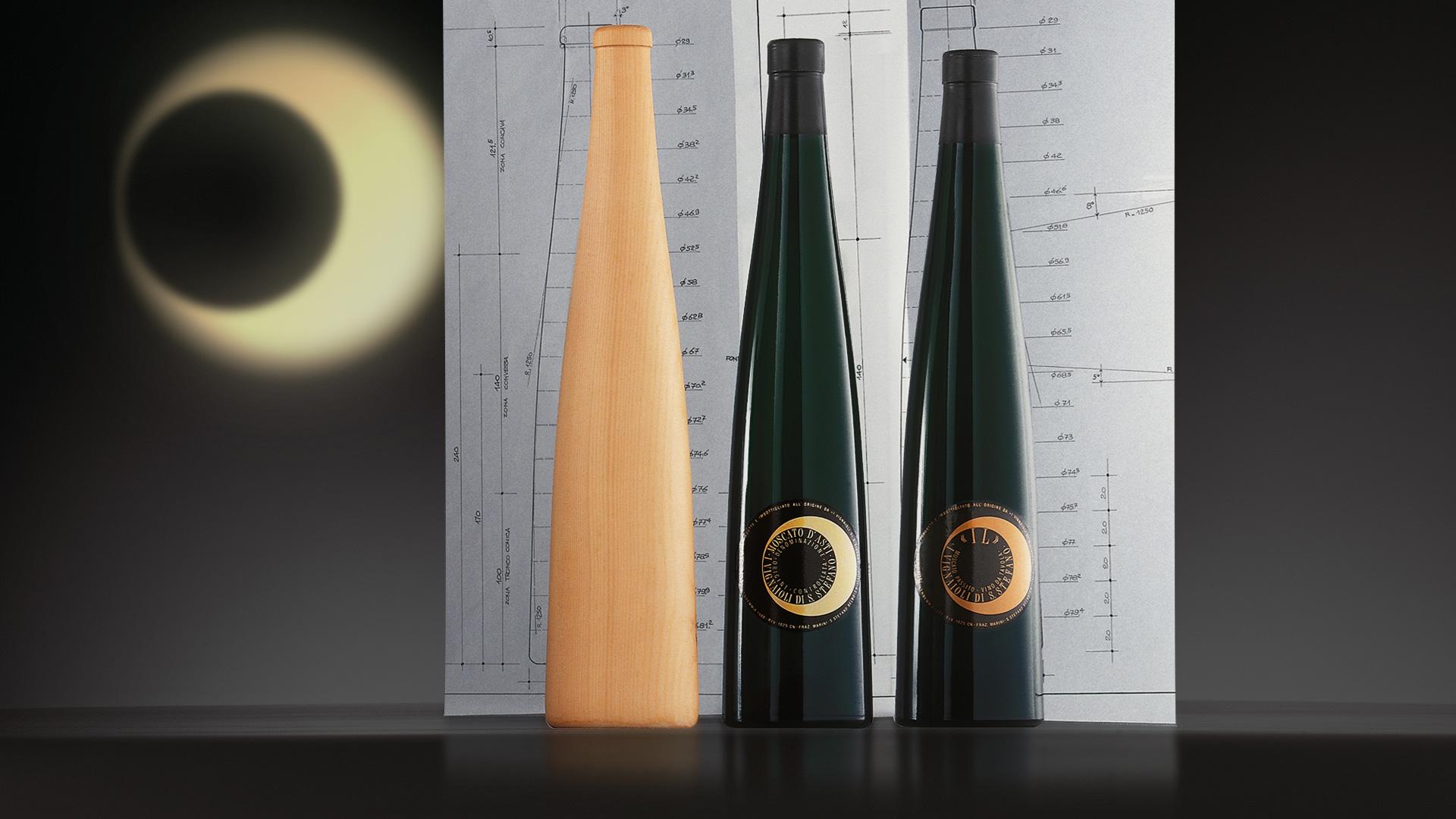 Vignaioli di Santo Strafano bottle design
